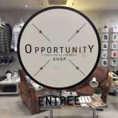 boutique,décoration,meubles,accessoires,vêtements,designer,place des carmes,beauté,cadeaux,bijoux,chaussures,vintage,mobilier