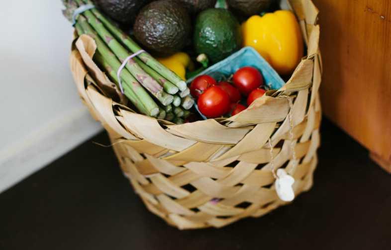 local, produits locaux, sain, végétarien, petits producteurs, producteur liégeois, efarmz, consommer, légumes, fruits, panier