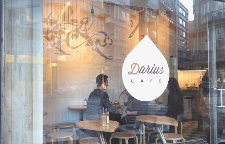 Darius_liege_café_01